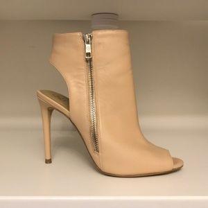 Sophisticated Leather Peep Toe Booties Sz 7